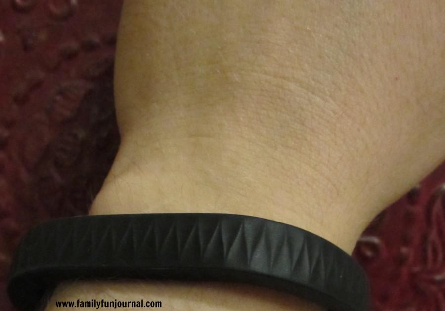 jawbone up wrist outside