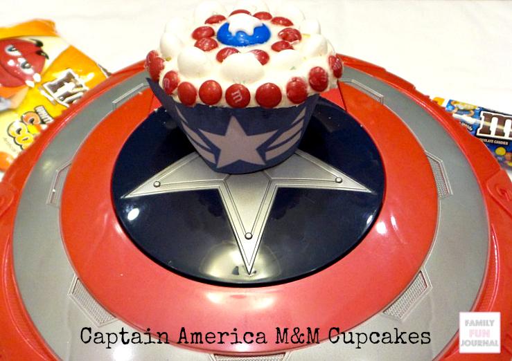 captain america m&m cupcakes