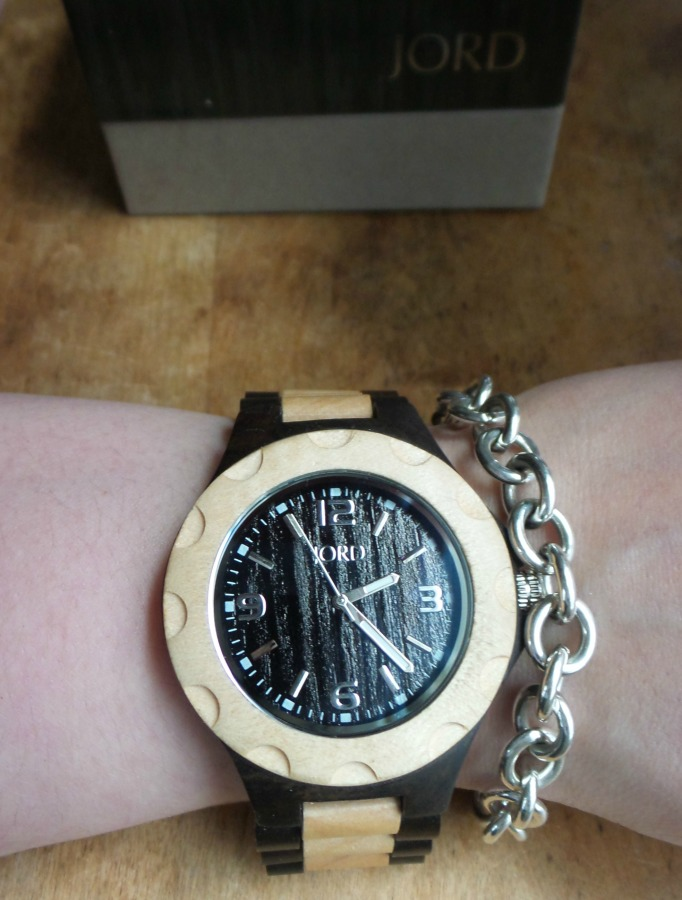 jord wood watch with silver