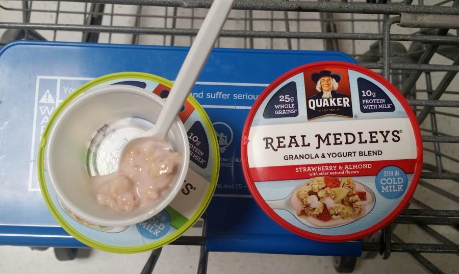 quaker real medleys strawberry and granola