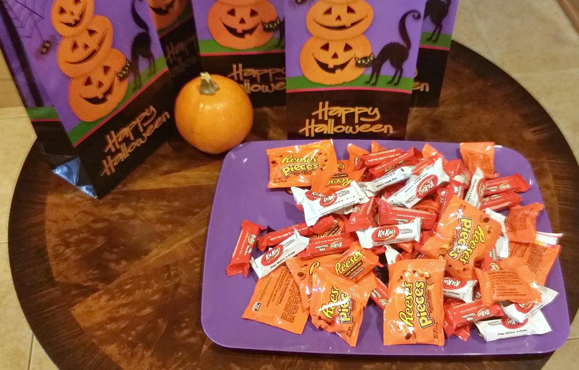 halloween candy toss