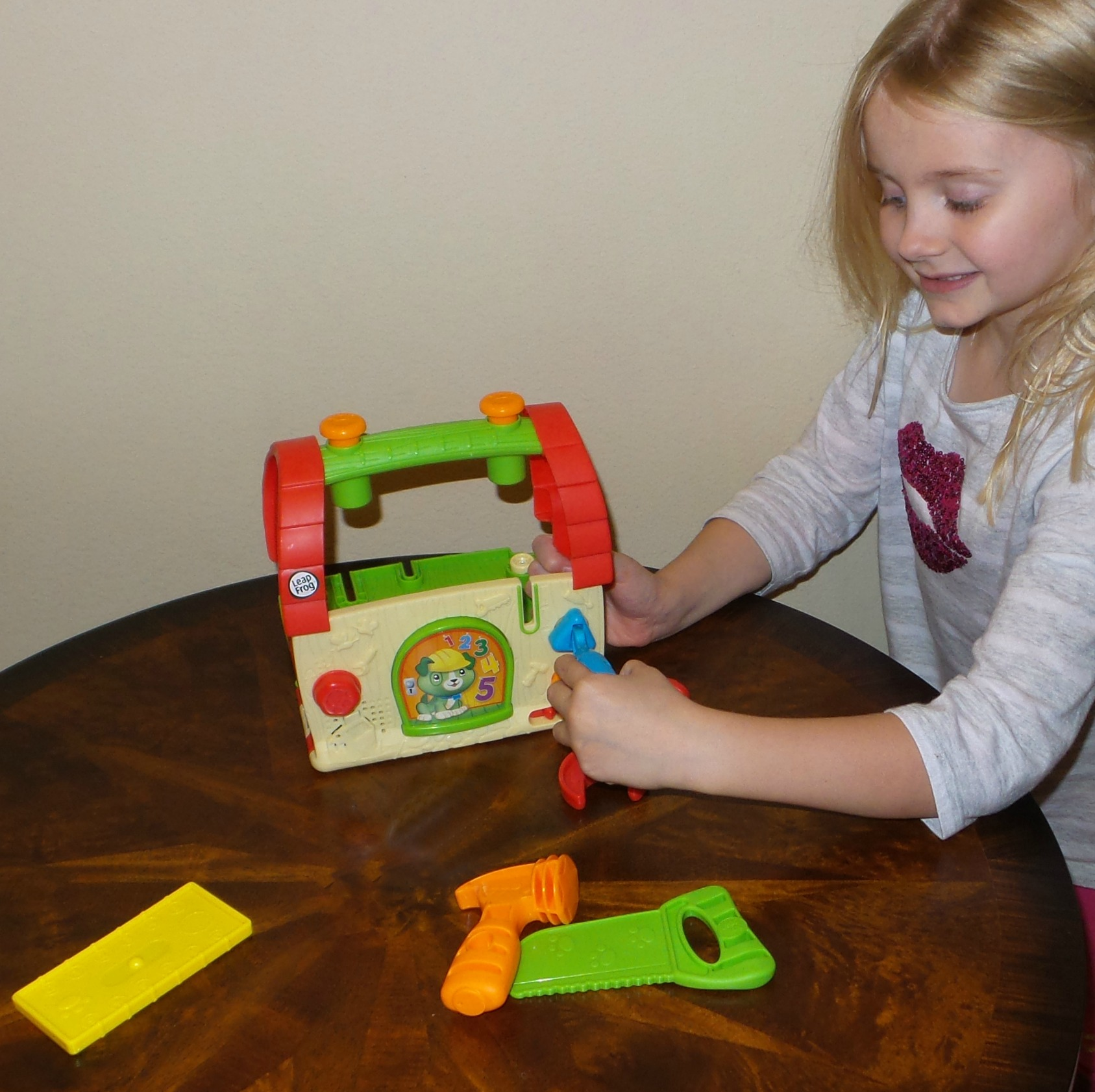 leapfrog scouts build and discover tool set