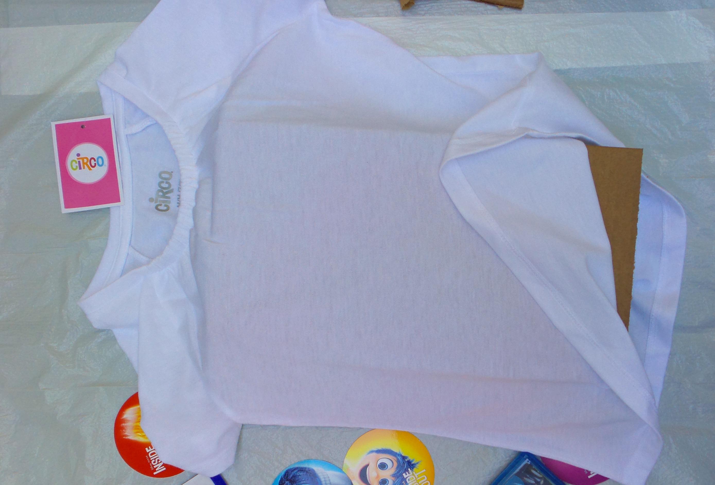 tie dye shirt step 1
