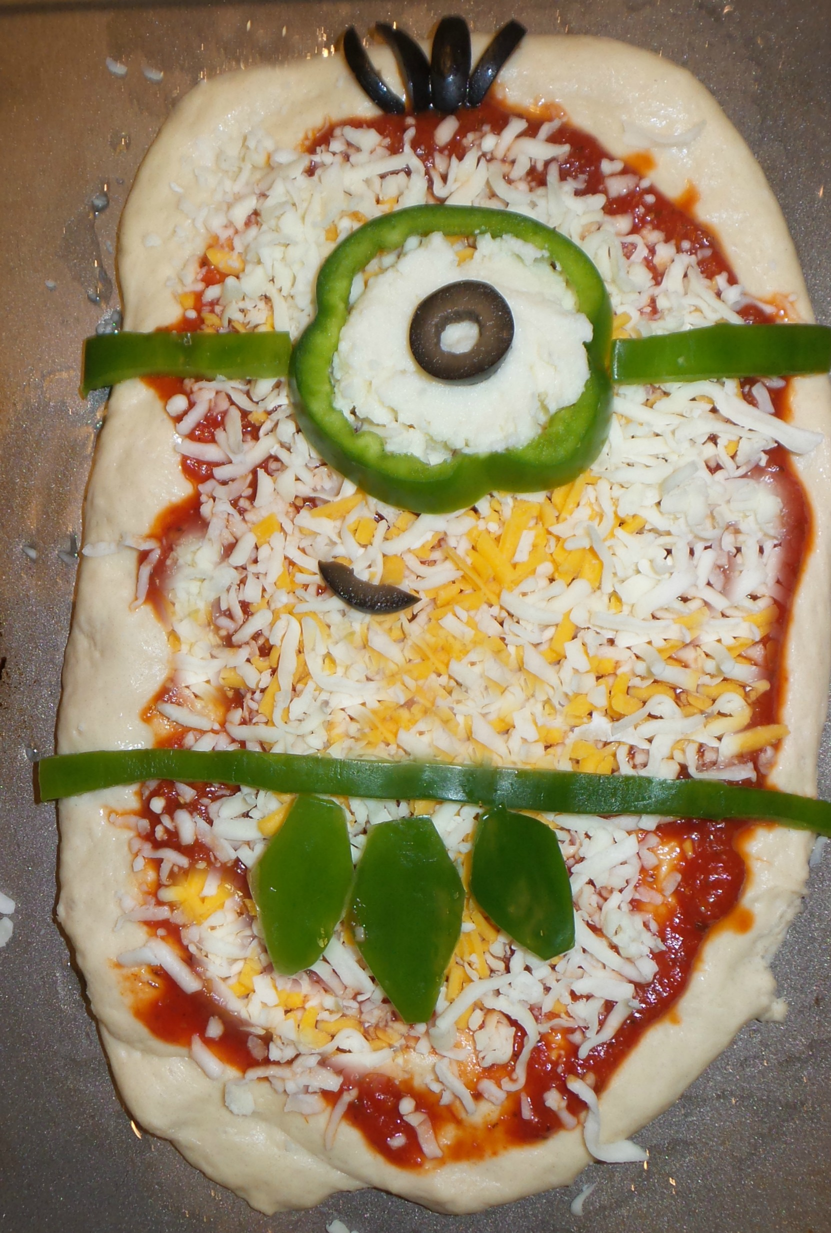 minion pizza raw