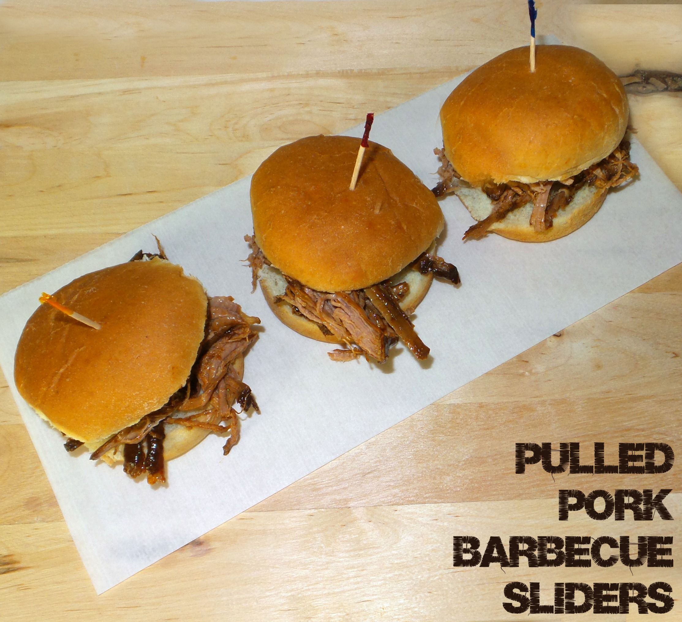 crock pot pulled pork barbecue sliders